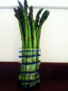 Raw asparagus in glass final
