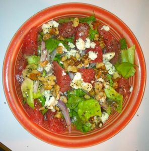 Salad with Grapefruit and Blue Cheese