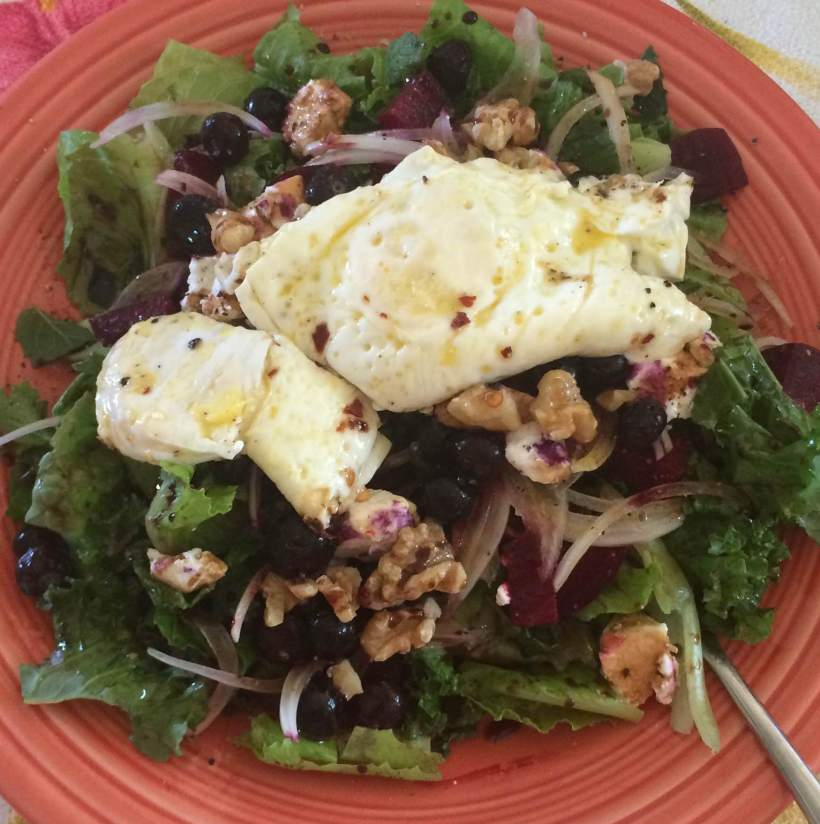 plate salad with eggs