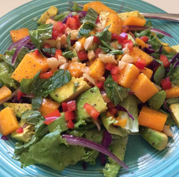 Green Salad with Mango & Vanilla Vinaigrette