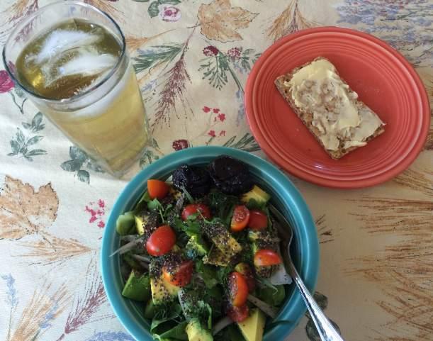 Breakfast salad, green tea, ry-vita
